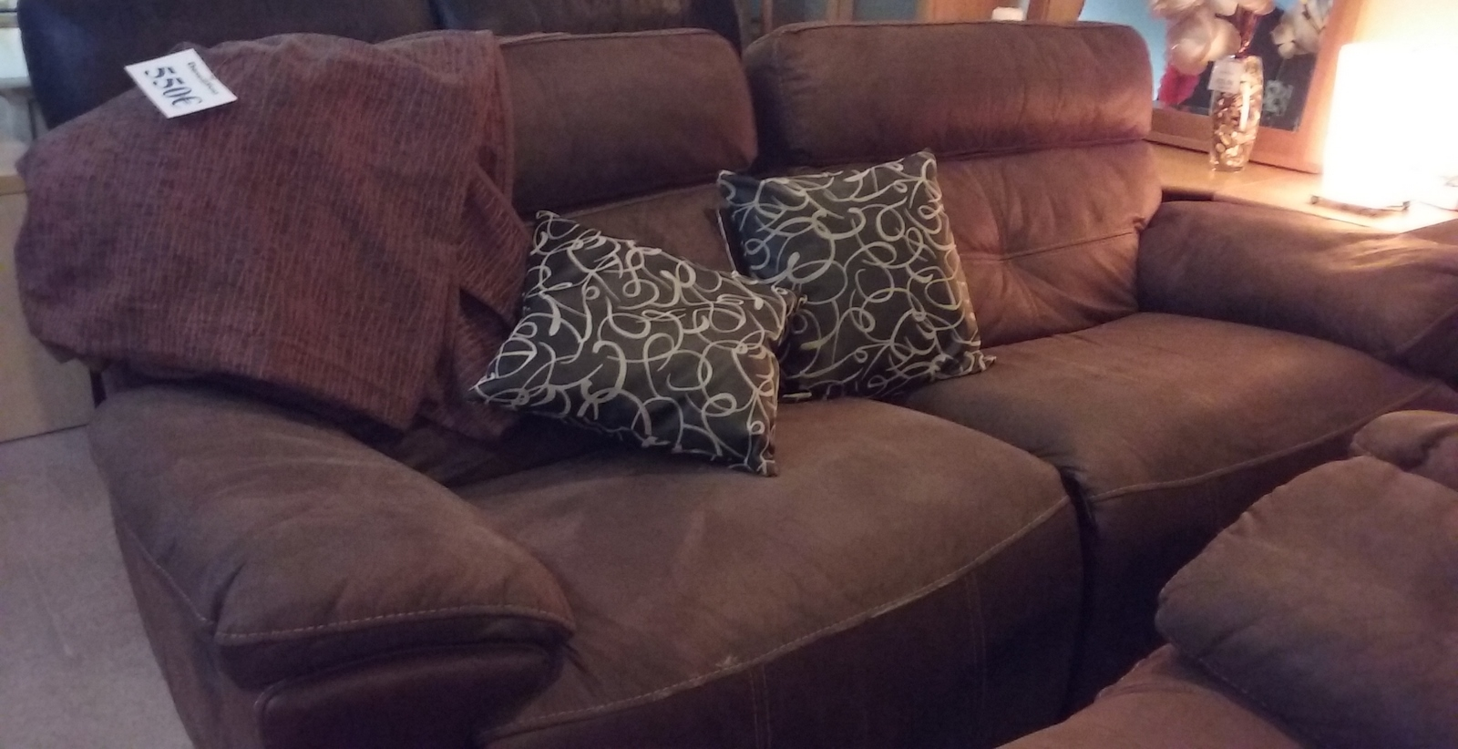 New2you furniture second hand sofas sofa beds for the for Furniture 3 piece suites