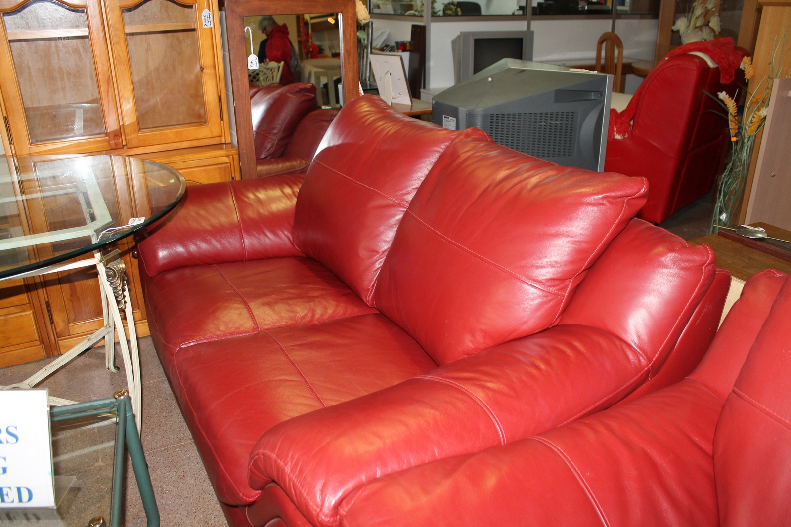 Second Sofa Second Hand Chesterfield Sofa Thesofa