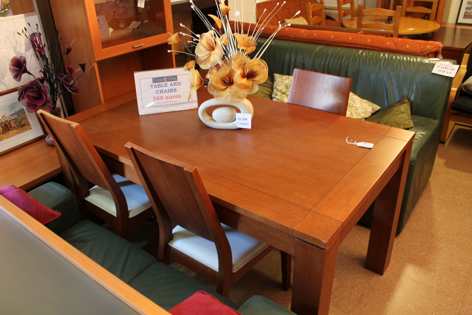 New2you furniture second hand armchairs for the dining for Second hand table and chairs