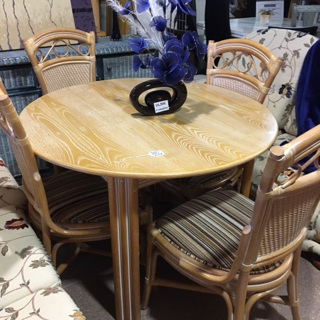 Second Hand Dining Room Furniture For Sale: Second Hand Tables + Chairs For The