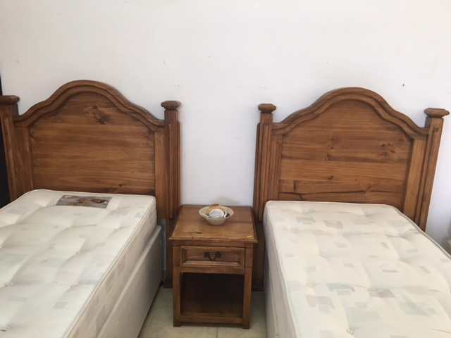 New2you furniture second hand headboards bedsides for for Bedroom furniture 2nd hand