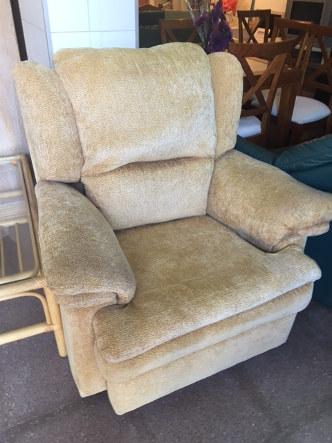 New2you Furniture Second Hand Armchairs For The Living Room Ref F231 Torrevieja Spain