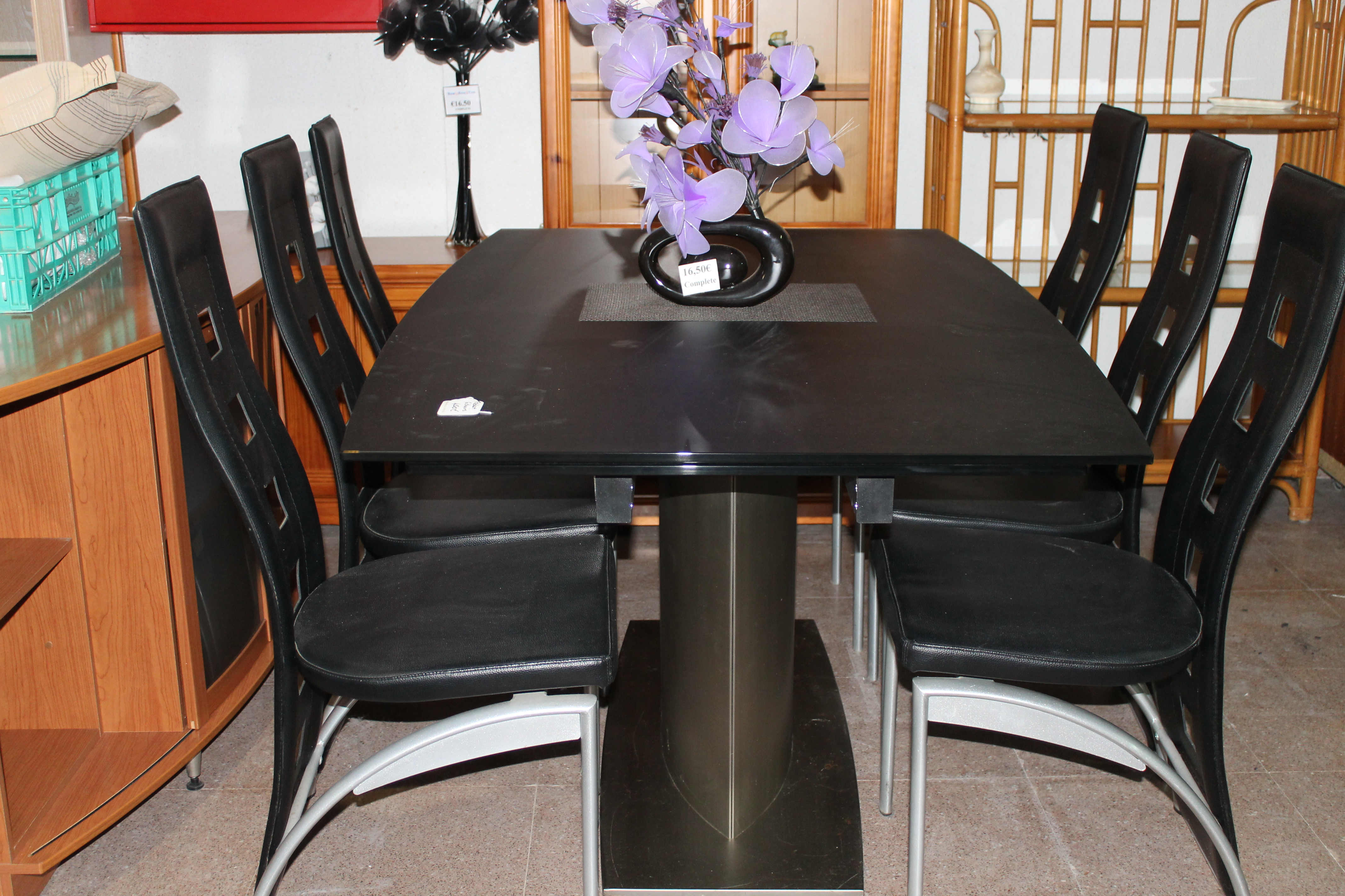 New8You Furniture  Second Hand Tables + Chairs for the Dining