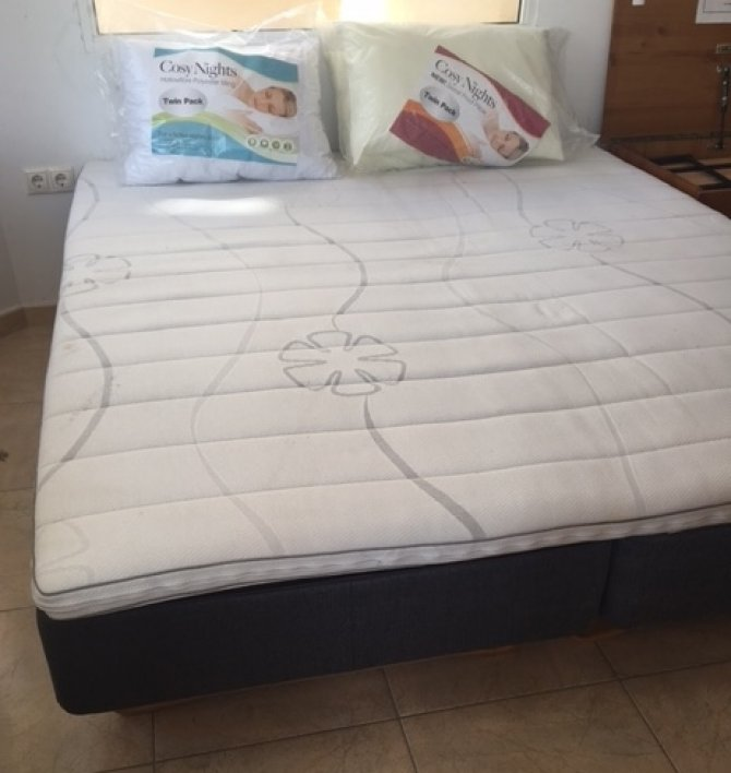 Second-hand furniture Superking Bed, Torrevieja, Spain