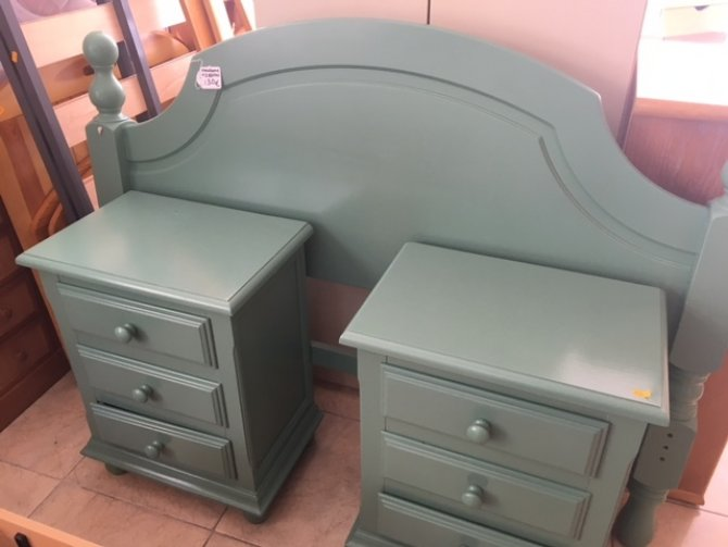 Second-hand furniture Headboard and Pair of Bedsides, Torrevieja, Spain