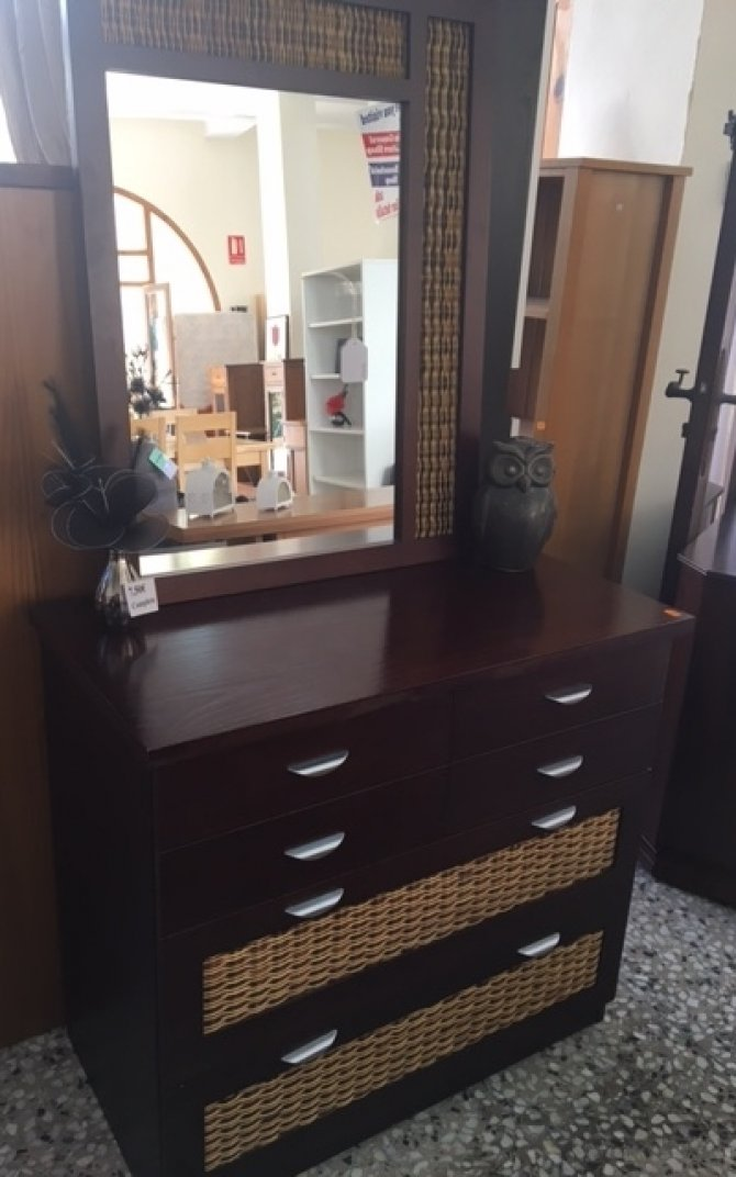 Second-hand furniture Drawers and Mirror, Torrevieja, Spain