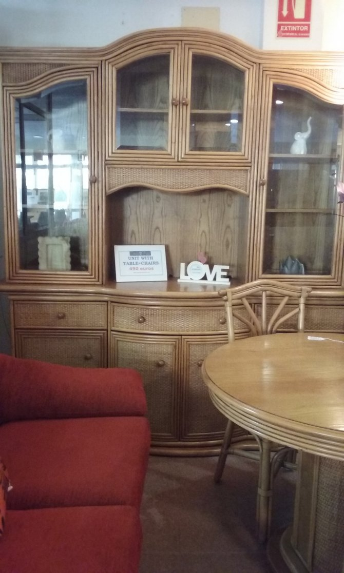 Second-hand furniture Unit, Table and Chairs, Torrevieja, Spain