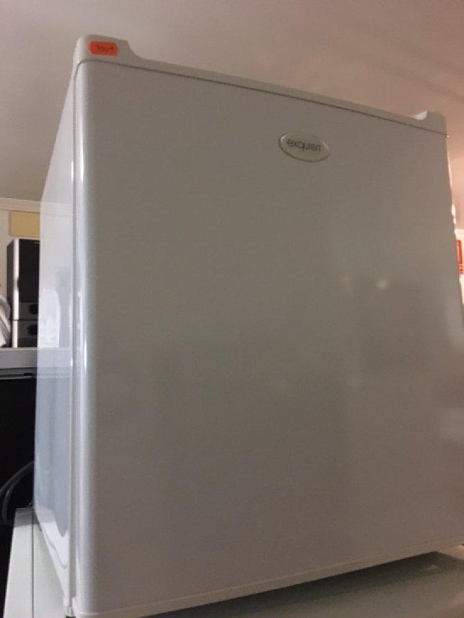 Second-hand furniture Mini fridge, Torrevieja, Spain
