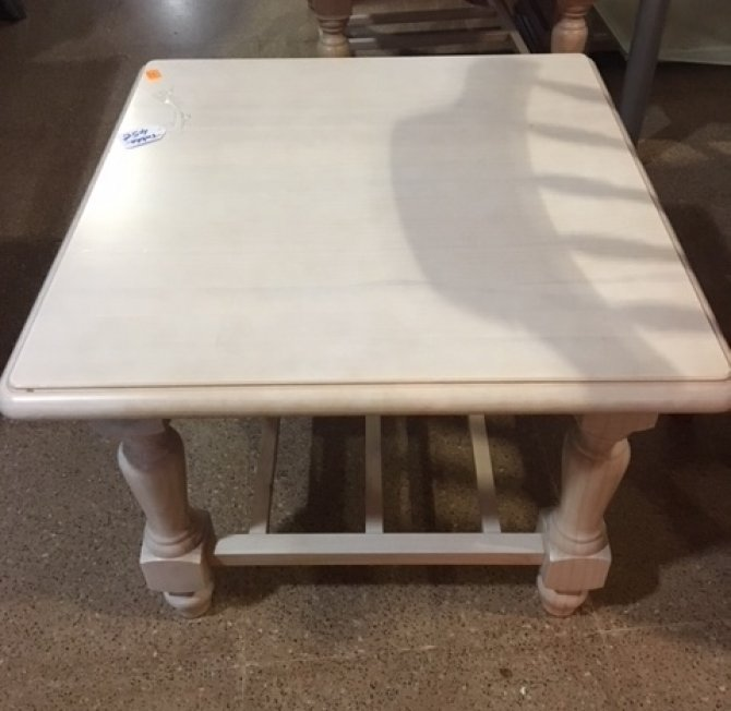 Second-hand furniture Square Table, Torrevieja, Spain