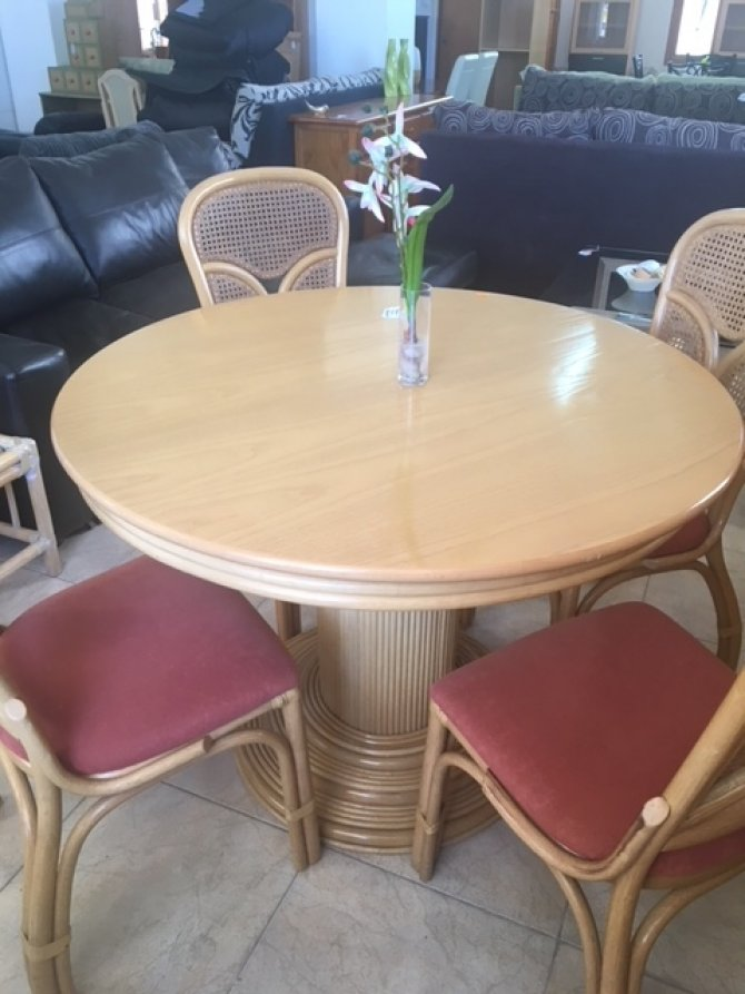 Second-hand furniture Table & Chairs, Torrevieja, Spain