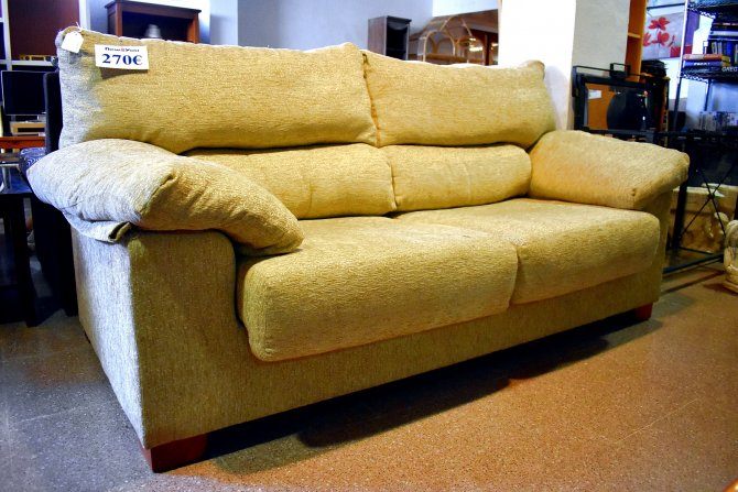 Second-hand furniture Sofa and Chair, Torrevieja, Spain
