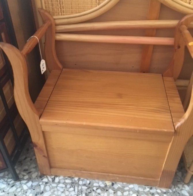 Second-hand furniture Seat With Storage, Torrevieja, Spain