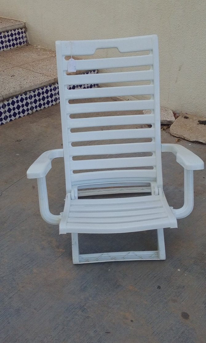 Second-hand furniture Pair of Plastic Beach Chairs, Torrevieja, Spain