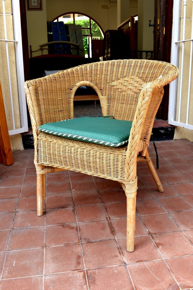 Second-hand furniture Wicker Armchair , Torrevieja, Spain