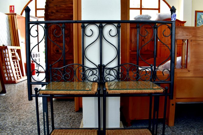 Second-hand furniture Double Headboard and Pair of Bedsides, Torrevieja, Spain