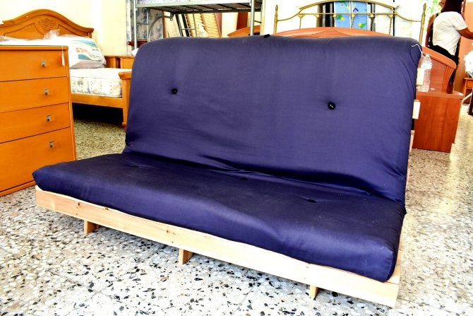 Second-hand furniture Futon, Torrevieja, Spain