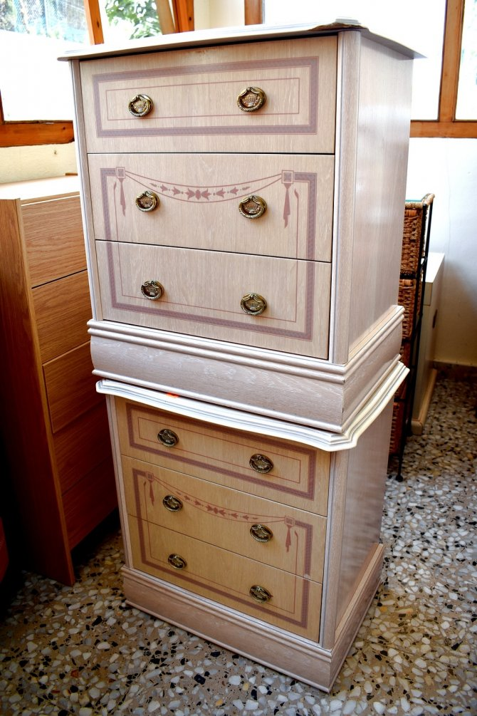 Second-hand furniture Chest of Drawers and Pair of Bedsides, Torrevieja, Spain