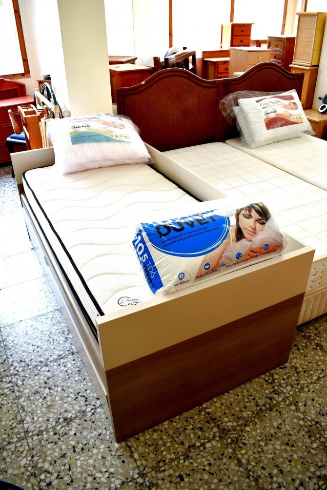 Second-hand furniture Complete Bed/Bed Under, Torrevieja, Spain