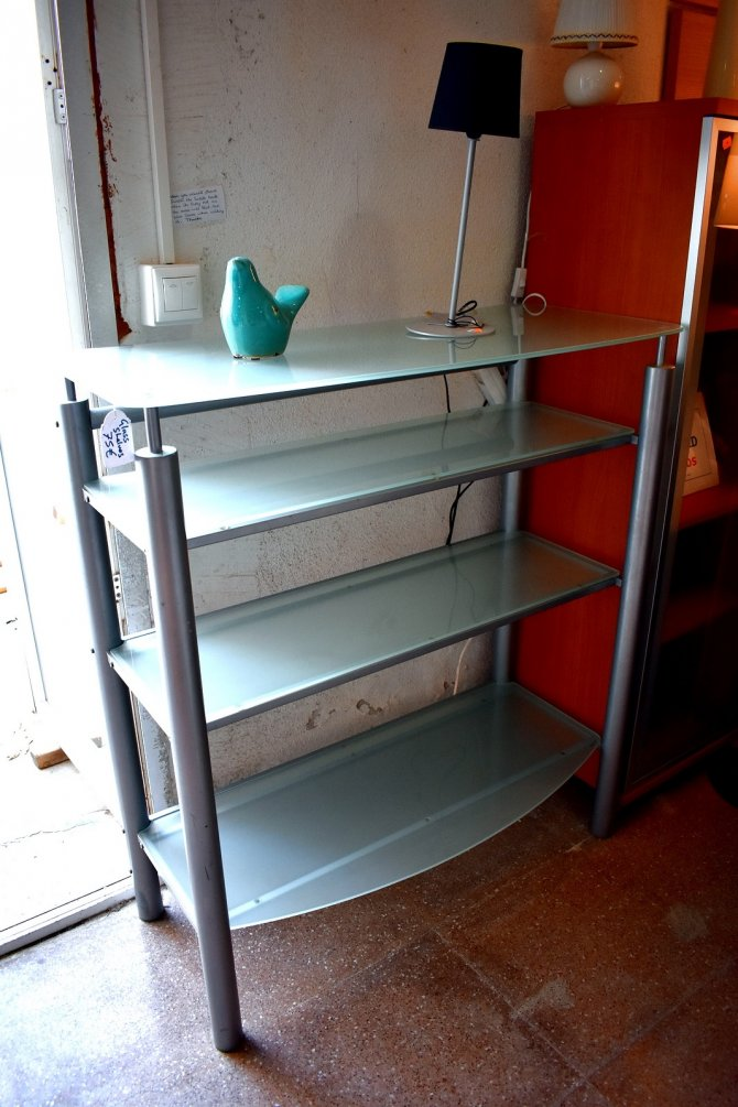 Second-hand furniture Glass Shelves, Torrevieja, Spain