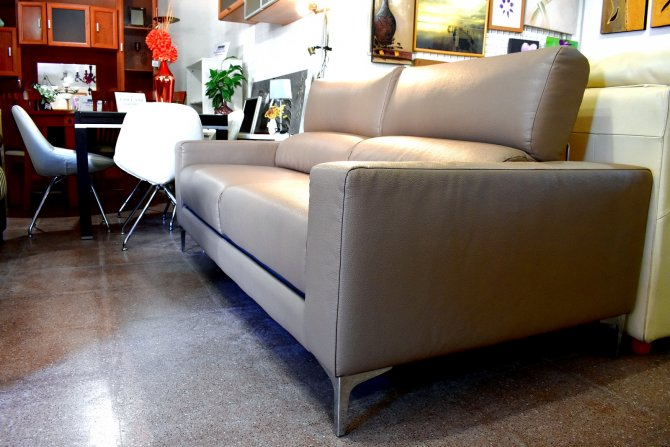 Second-hand furniture Modern Sofa, Torrevieja, Spain
