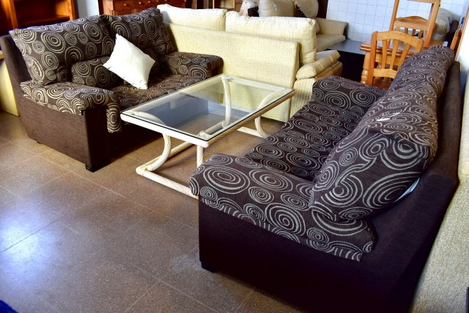Second-hand furniture 3 and 2 Seater Sofas, Torrevieja, Spain