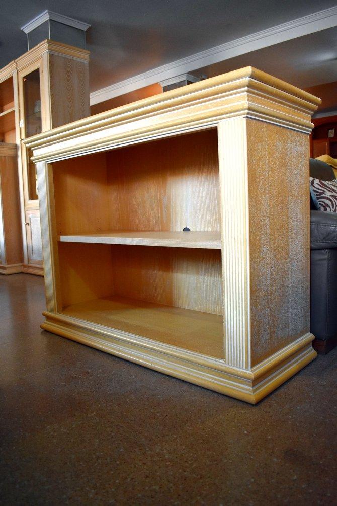 Second-hand furniture Shelves, Torrevieja, Spain