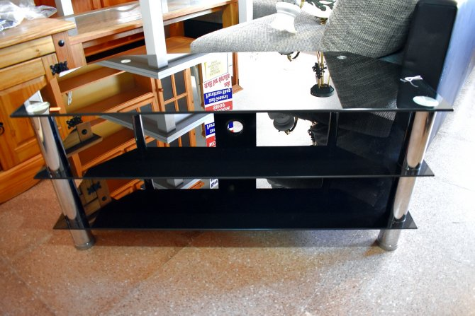 Second-hand furniture Glass TV Unit, Torrevieja, Spain