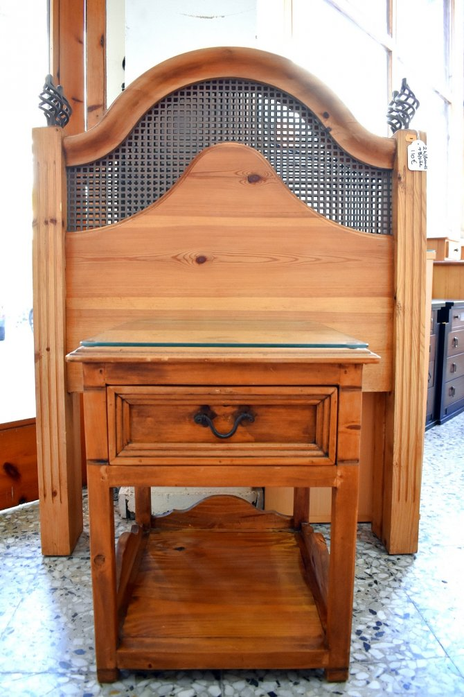 Second-hand furniture Headboards and Bedside, Torrevieja, Spain