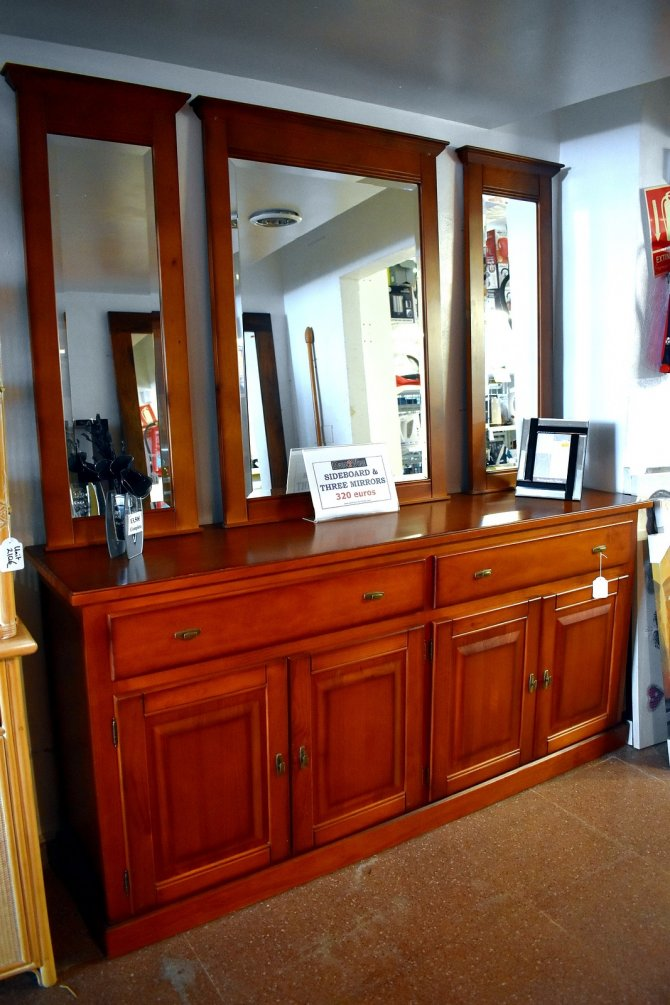 Second-hand furniture Sideboard and 3 Mirrors, Torrevieja, Spain
