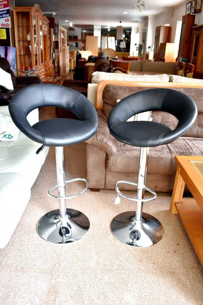 Second-hand furniture Pair of Stools, Torrevieja, Spain