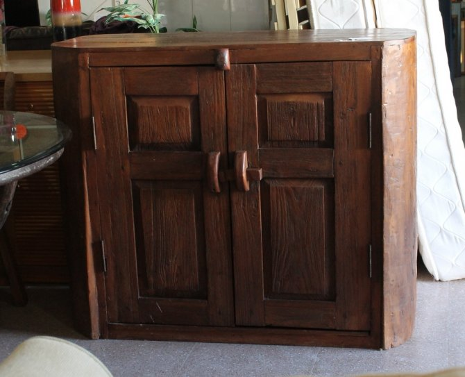 Second-hand furniture Rustic Unit, Torrevieja, Spain
