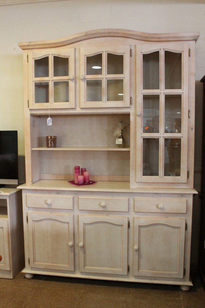 New2You Furniture | Second Hand Wall Units for the Dining ...