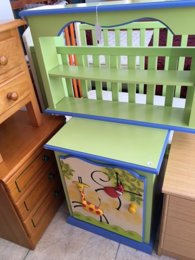 Second-hand furniture Toy Box and shelves, Torrevieja, Spain