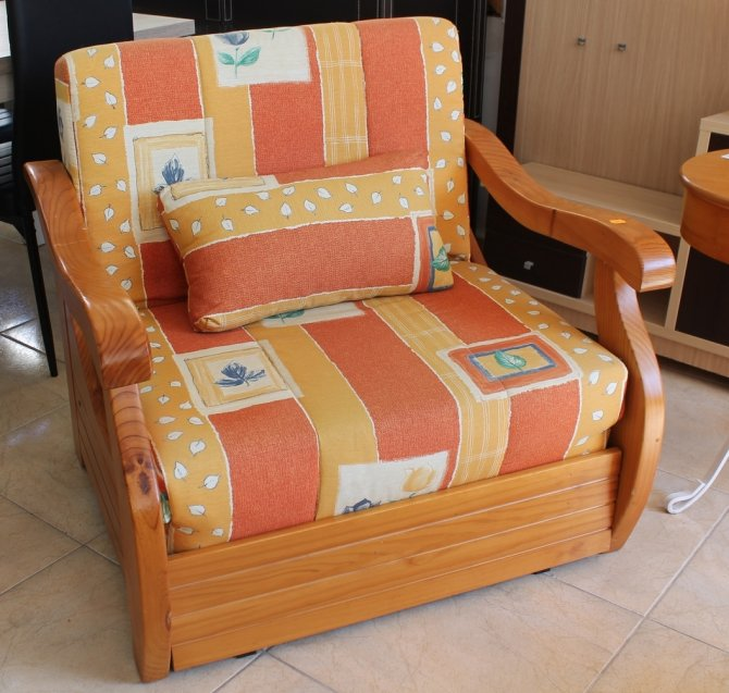 Second-hand furniture Chair Bed, Torrevieja, Spain