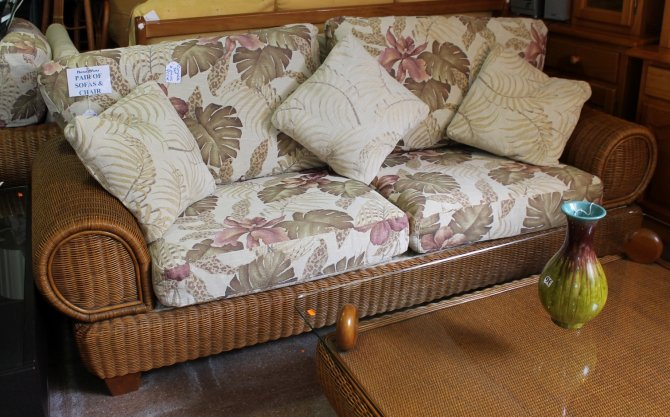 Second-hand furniture Cane sofa, Torrevieja, Spain