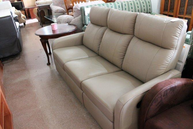 Second-hand furniture Recliner Sofa, Torrevieja, Spain