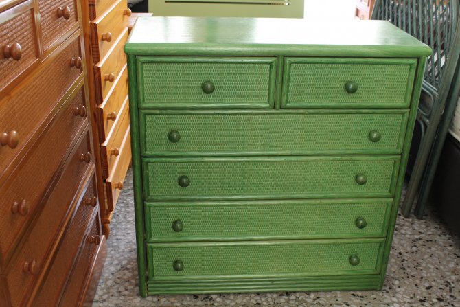 Second-hand furniture Wicker Chest of Drawers, Torrevieja, Spain