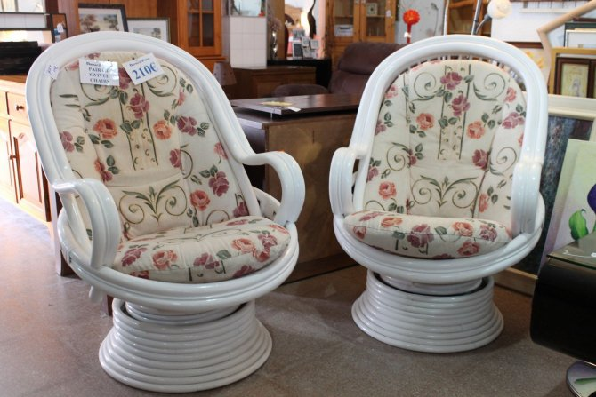 Second-hand furniture Pair of Swivel Chairs, Torrevieja, Spain