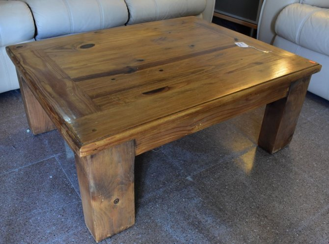 Second-hand furniture Rustic Coffee Table, Torrevieja, Spain