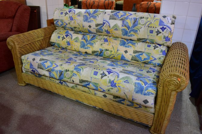 Second-hand furniture Sofabed, Torrevieja, Spain