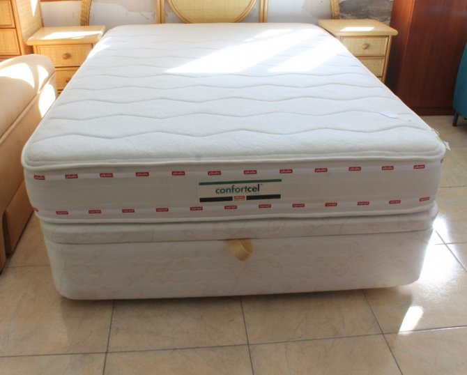 Second-hand furniture Double Bed, Torrevieja, Spain