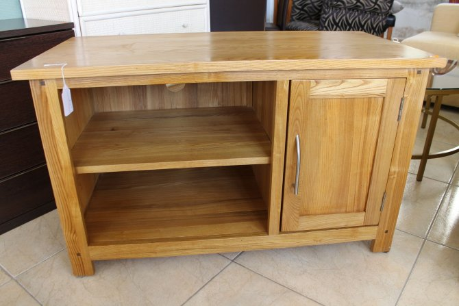 Second-hand furniture TV Unit, Torrevieja, Spain