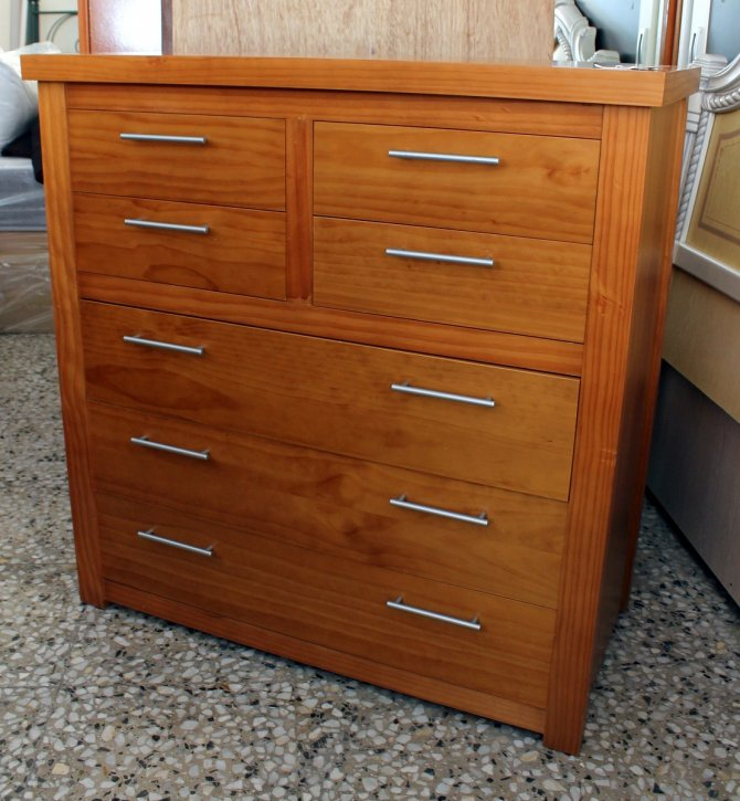 Second-hand furniture Chest of Drawers, Torrevieja, Spain