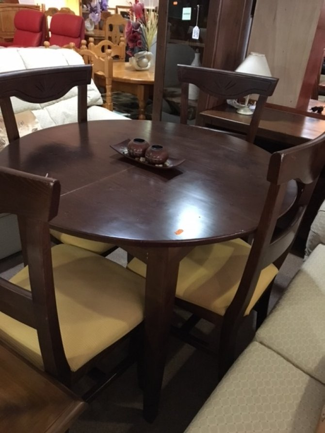Second-hand furniture Table and 4 chairs, Torrevieja, Spain