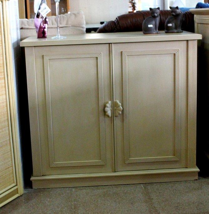 Second-hand furniture Cupboard, Torrevieja, Spain
