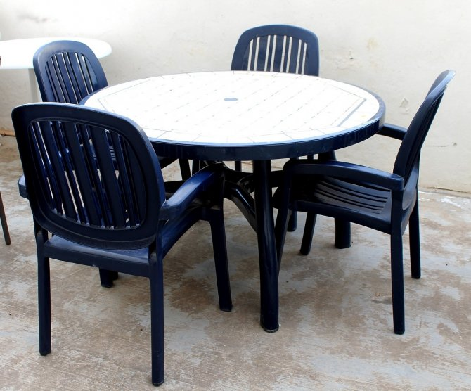 Second-hand furniture Patio Table and Chairs, Torrevieja, Spain