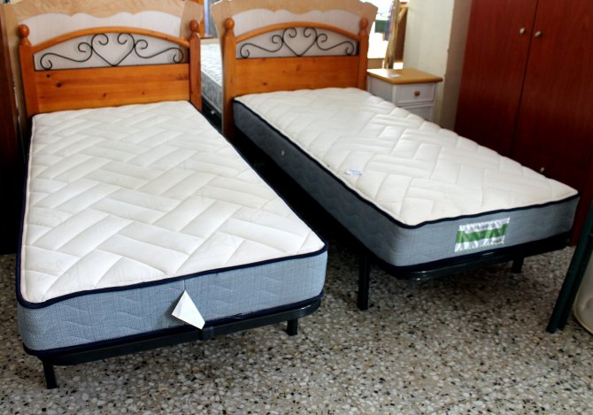 Second-hand furniture Pair of Beds, Torrevieja, Spain