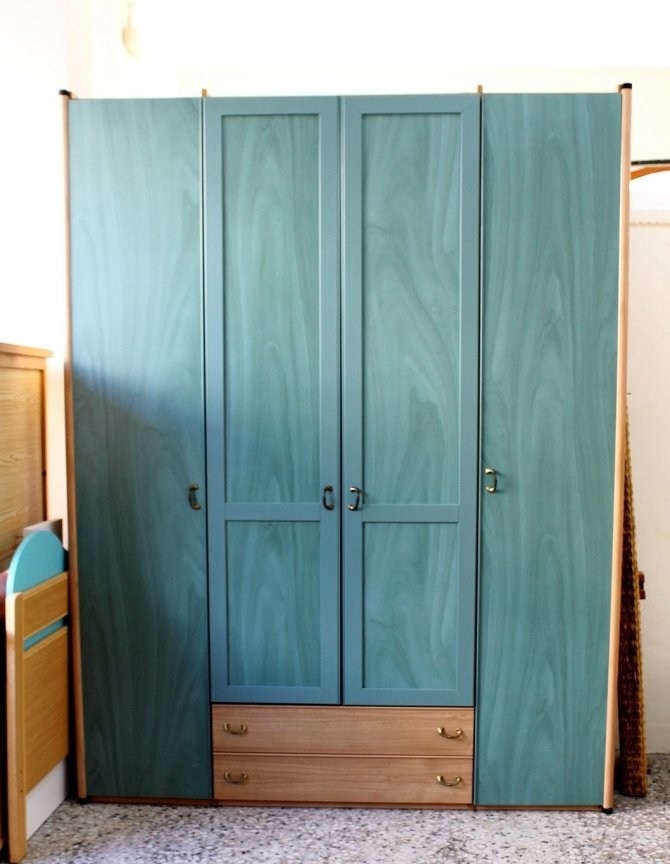 Second-hand furniture Wardrobe, Torrevieja, Spain