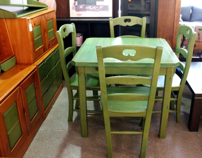 Second-hand furniture Table and Chairs and Modular Unit, Torrevieja, Spain