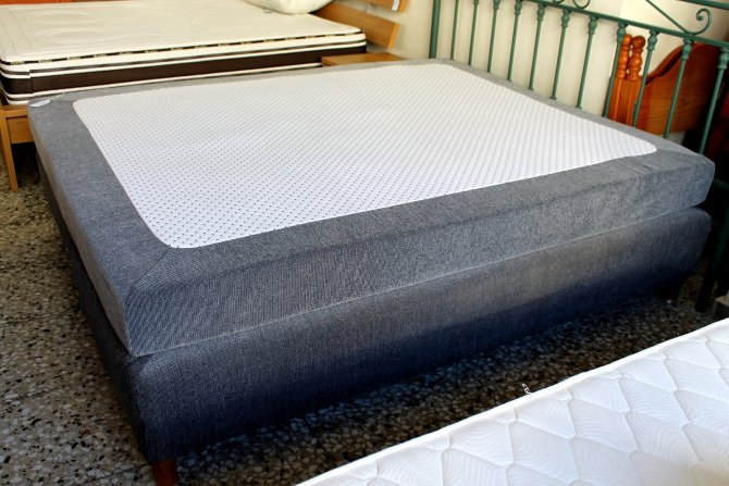 Second-hand furniture Super King Bed, Torrevieja, Spain